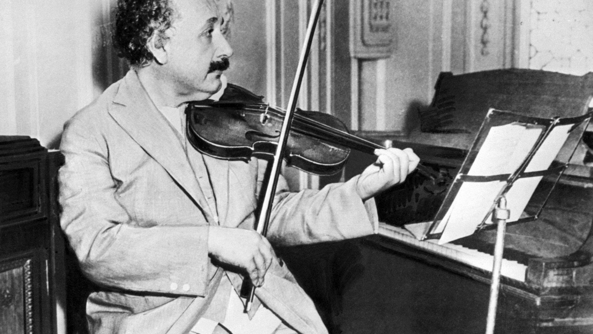 4 Innovation Lessons From Albert Einstein