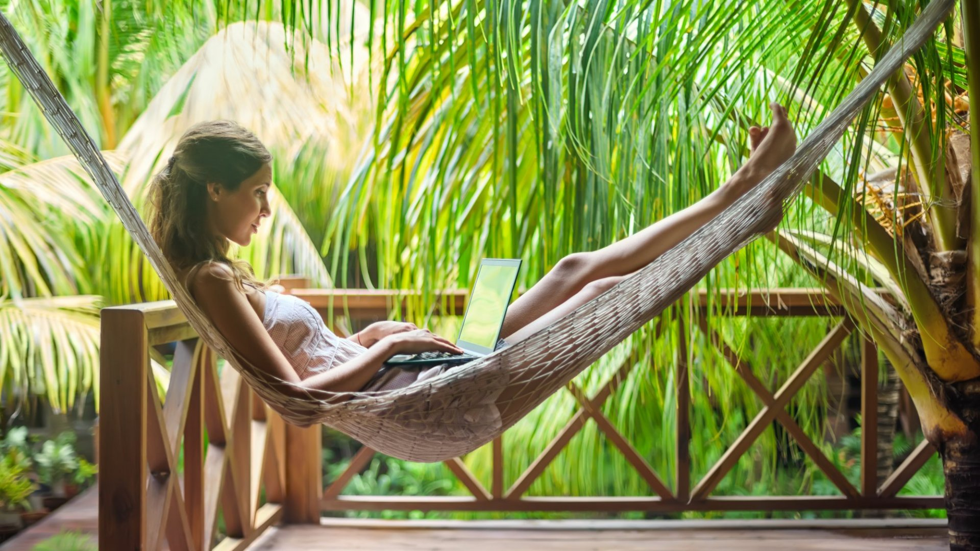 How to Turn Holidays Into a Powerful Business Advantage