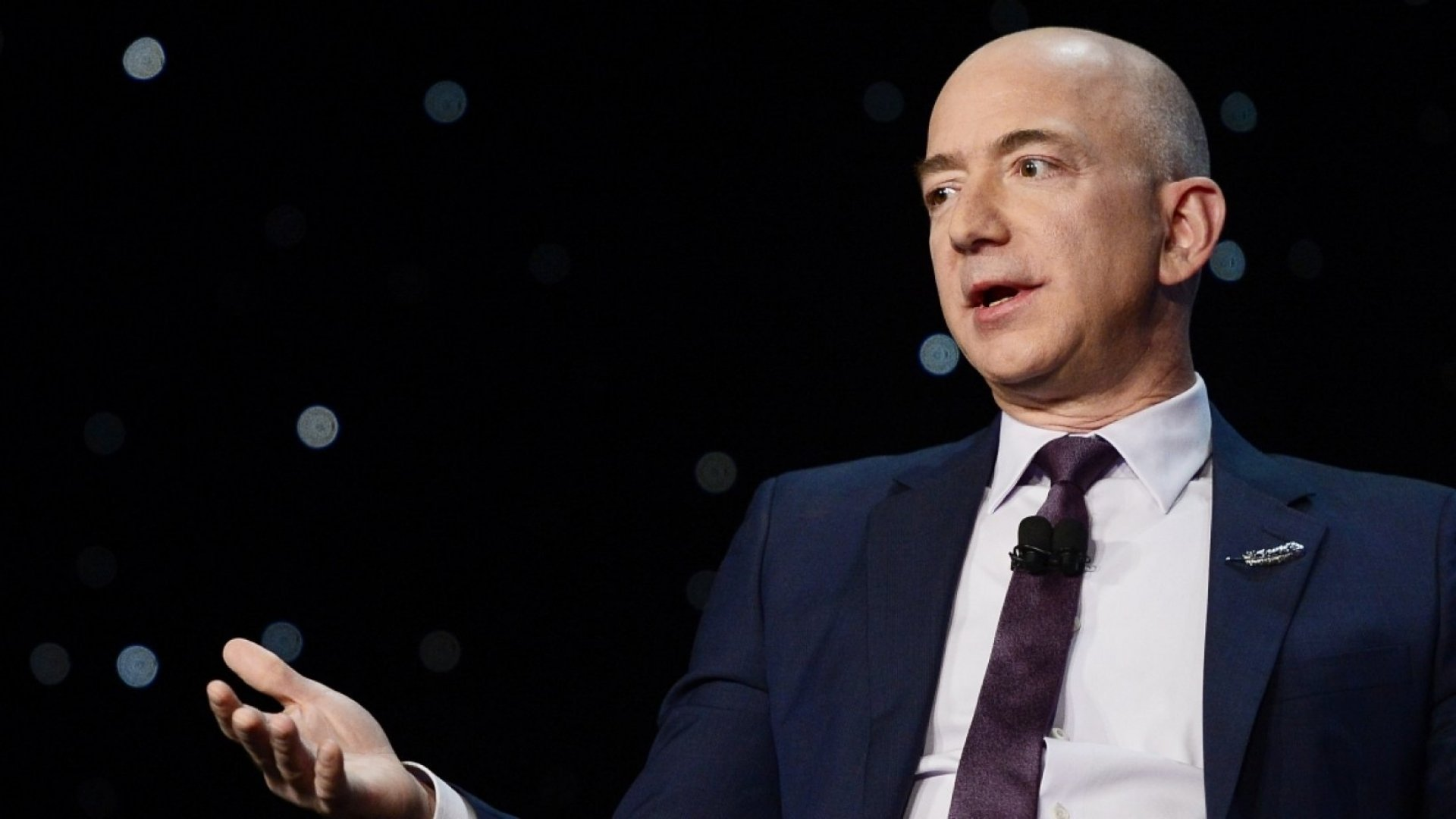 What 20 Years of Jeff Bezos's Shareholder Letters Can Teach You About Becoming a Top Performer