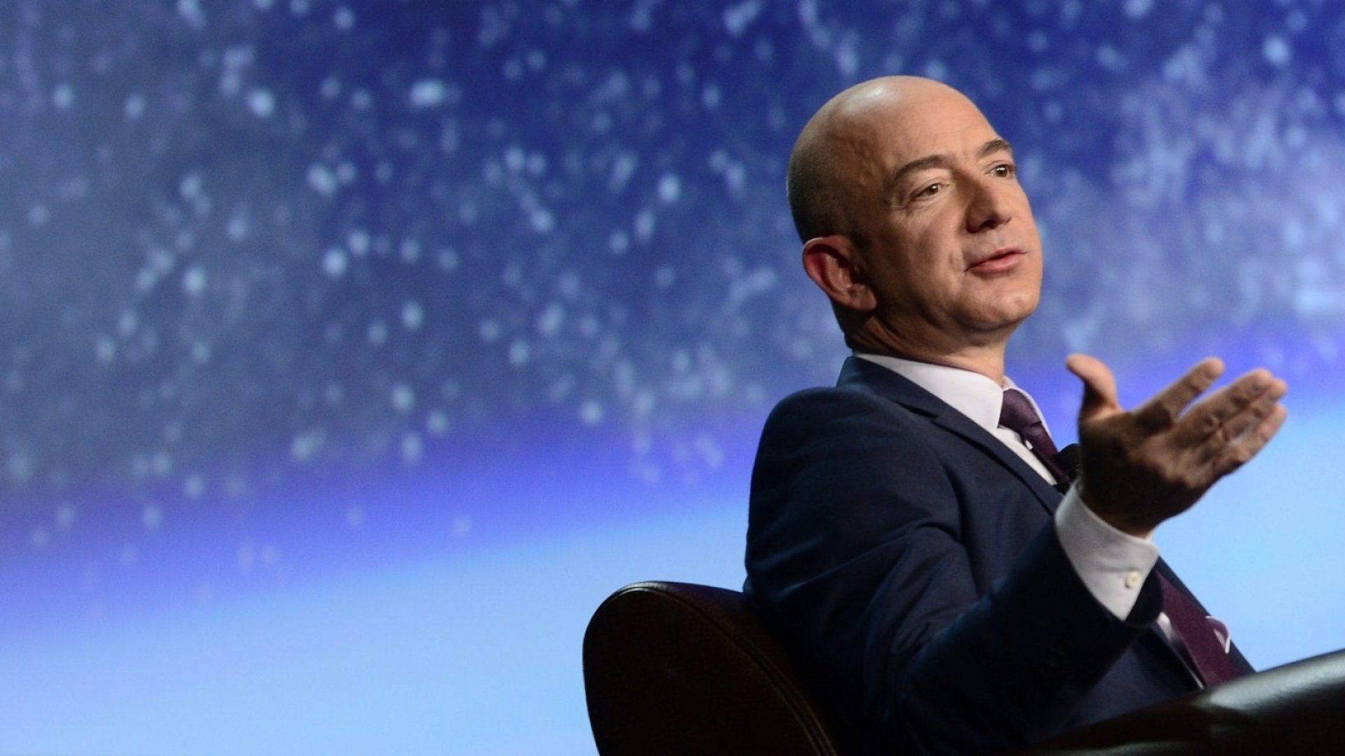 The Bezos Way: 3 Powerful Takeaways About His Captivating Leadership Style