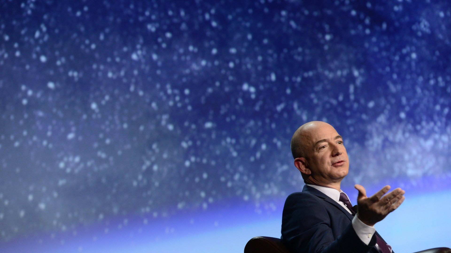 Why You Should Be Like Elon Musk, Not Jeff Bezos (Hint: It's About Space)