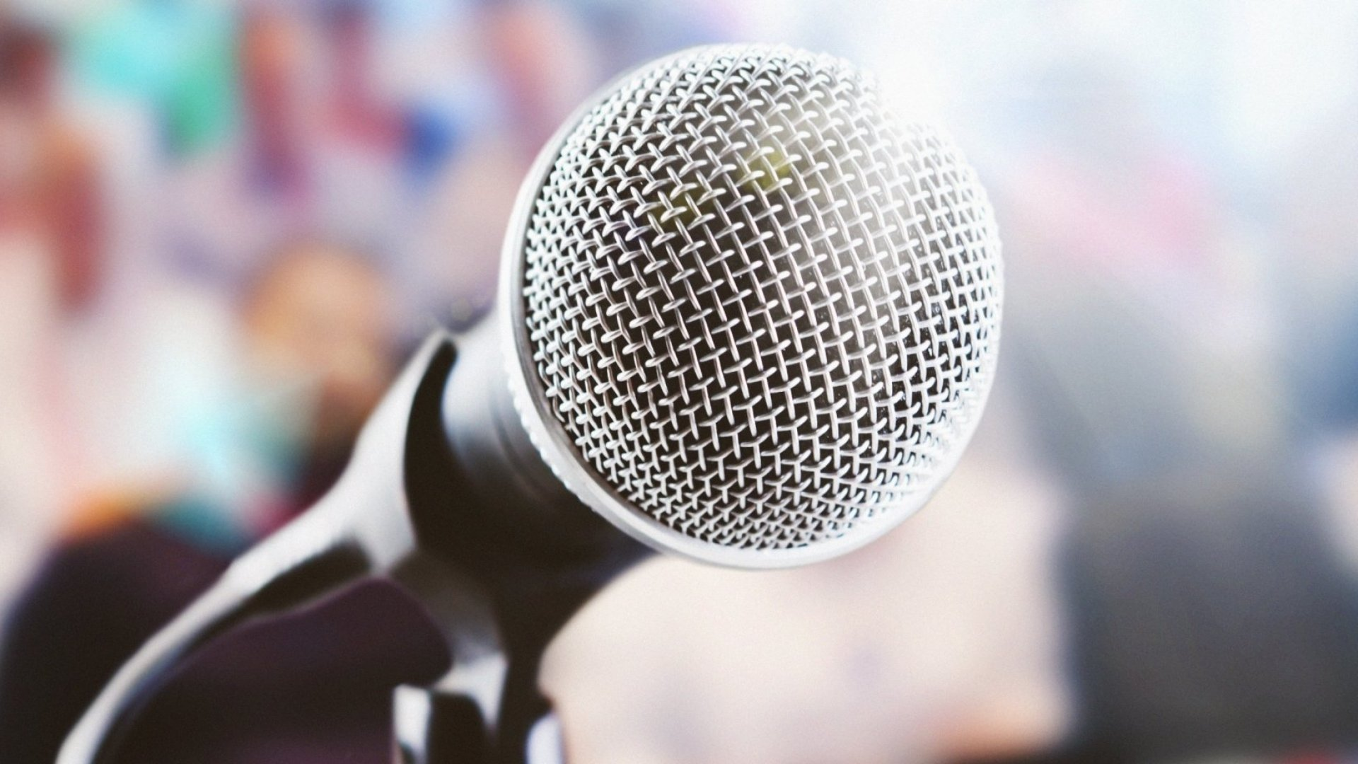 Great Presenters Do 1 Thing That Most of You Don't, Science Says