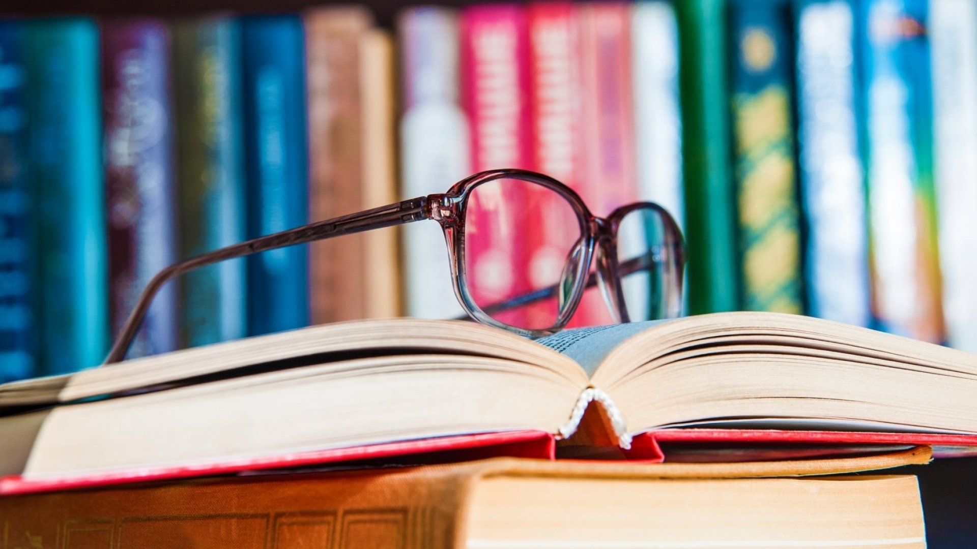 All in the Family: 5 Business Books by Family Successes