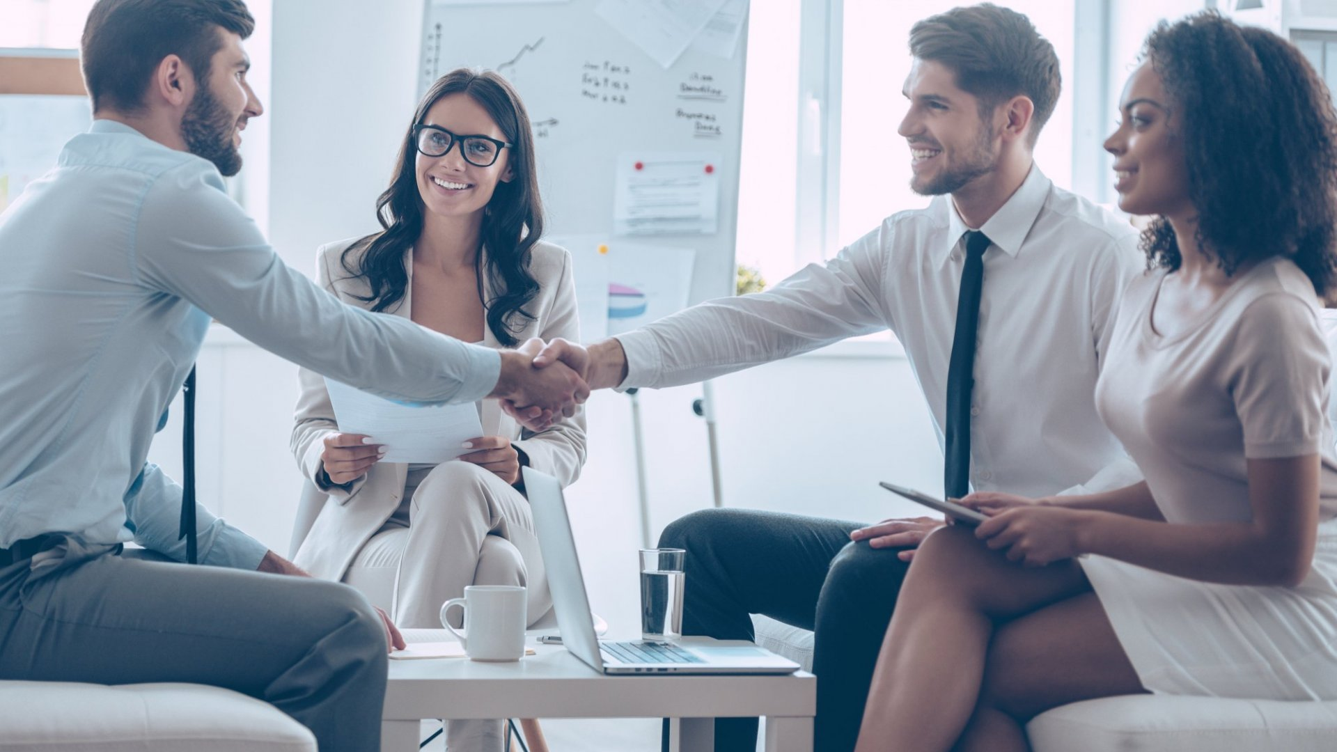3 Key Things You Should Do After Meeting Someone New
