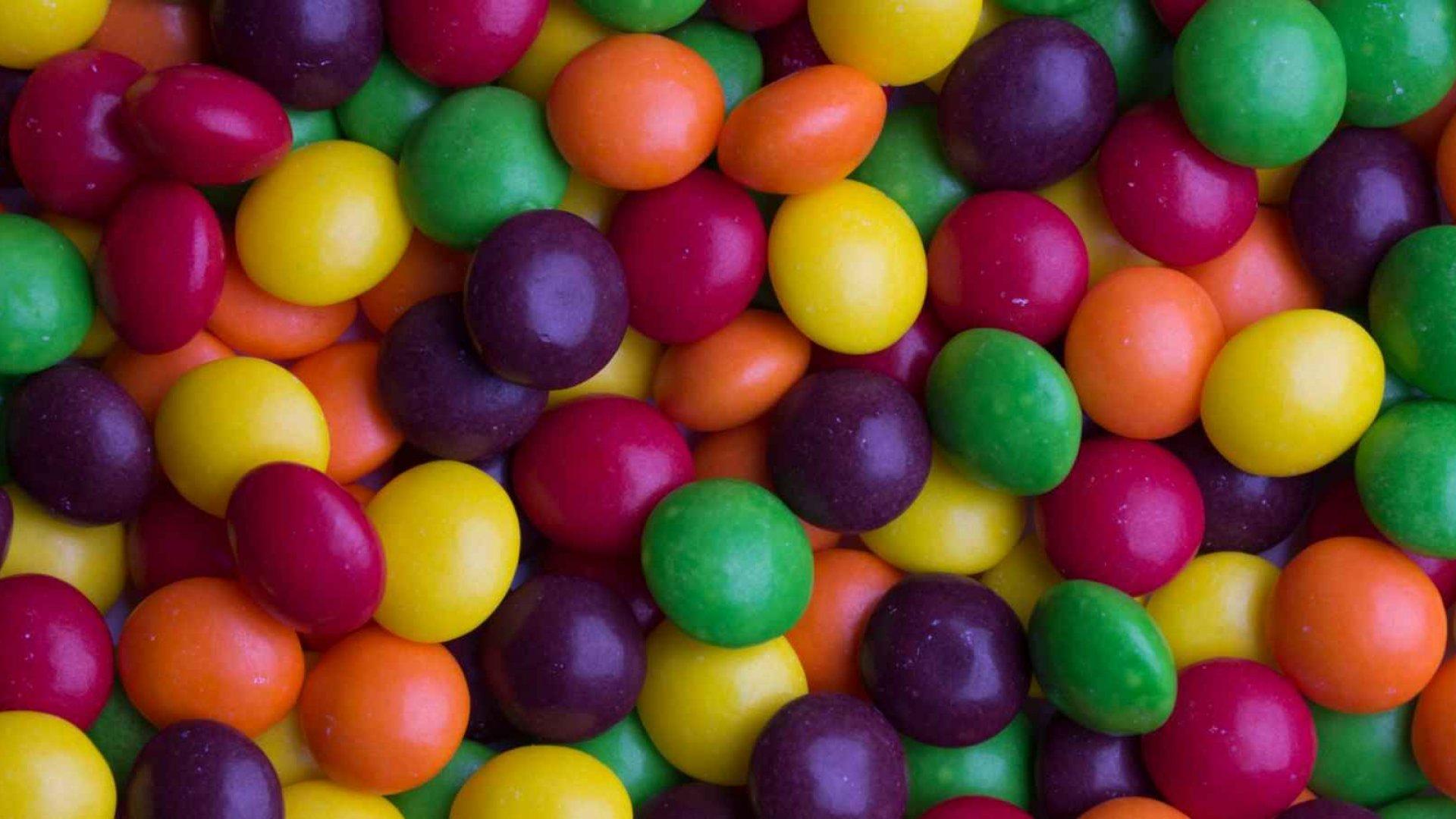 Skittles Shows a Brilliant Company Online Comeback