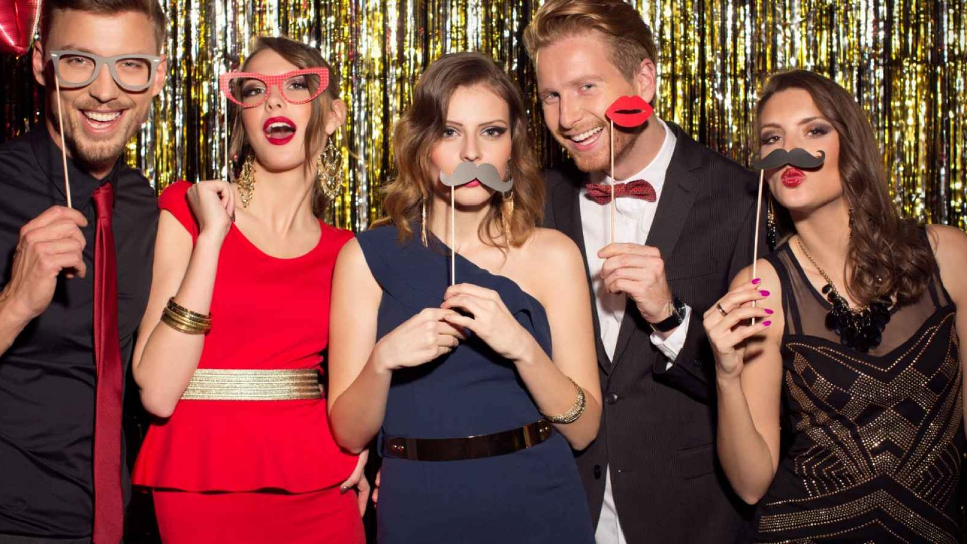 How to Build Your Own Photo Booth for an Event