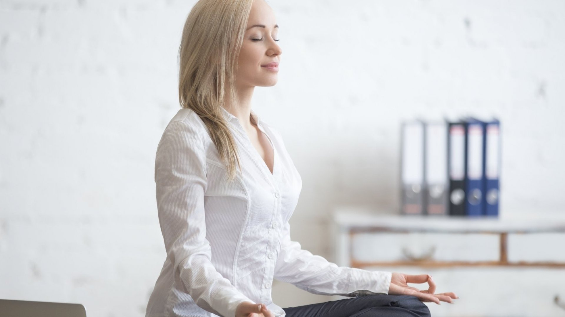 5 Easy Relaxation Tricks for People Who Hate to Meditate