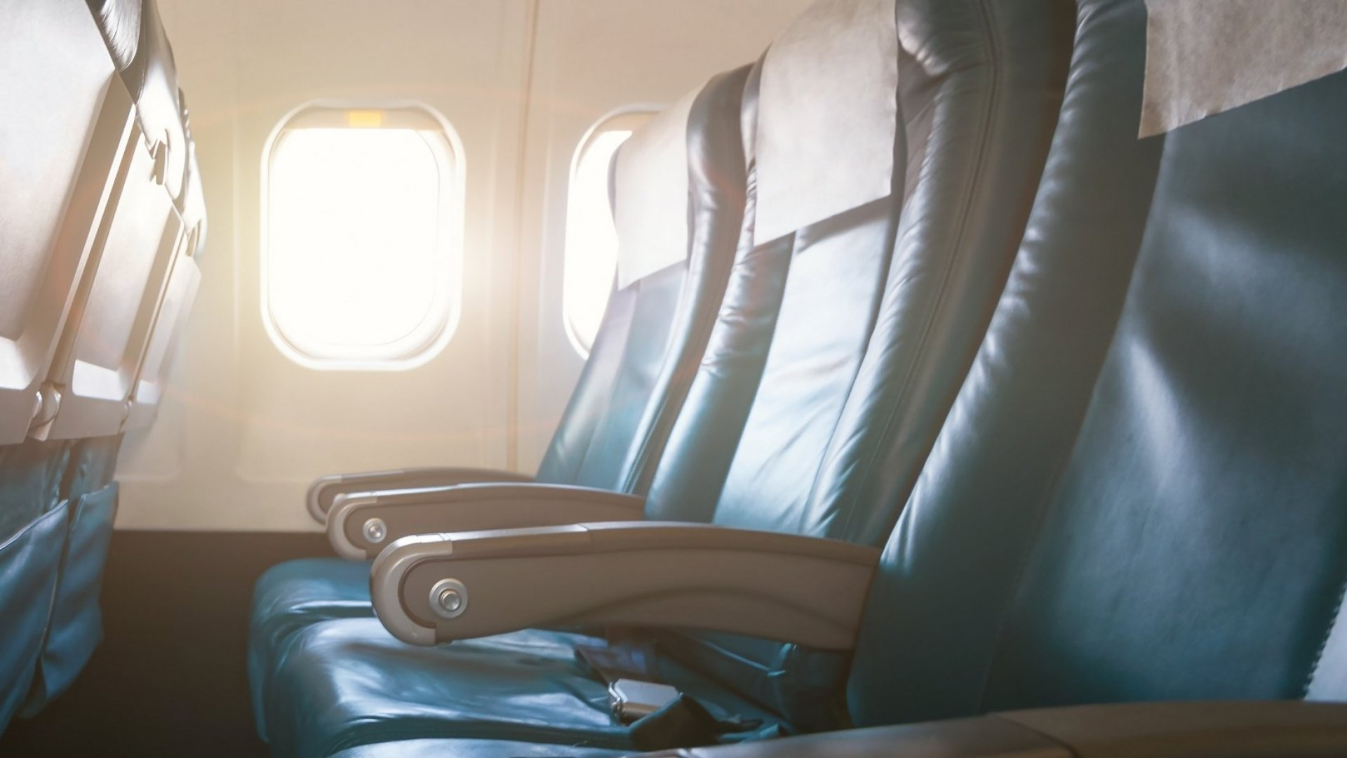 You want to avoid that middle seat at all costs, right?
