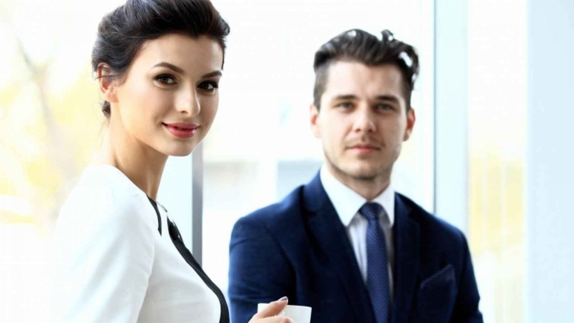 7 Habits for Projecting Confidence Instead of Arrogance