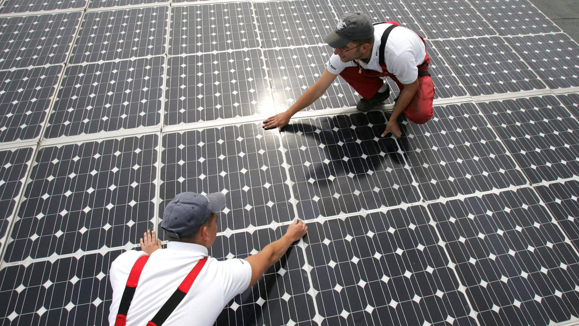 Why Your Business Should (Finally) Go Solar