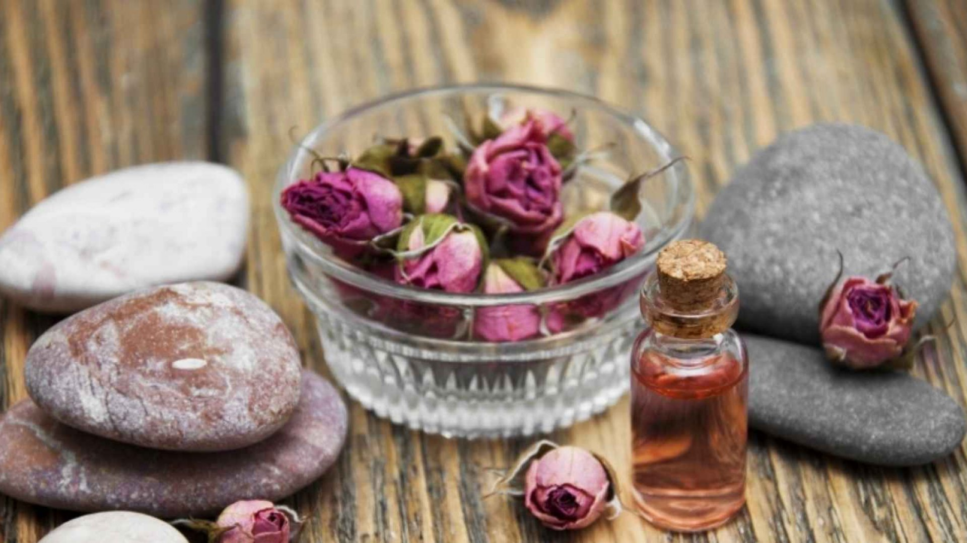How to Create a Healthy State of Mind Through Aromatherapy