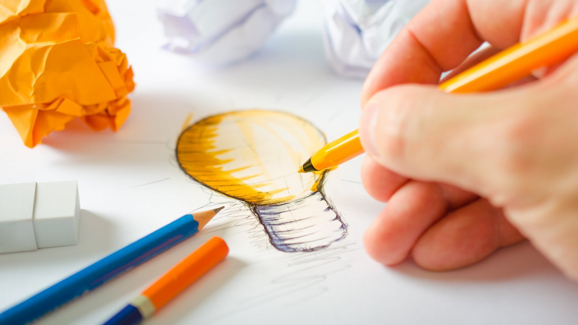 How to Overcome the 2 Biggest Obstacles to Creativity