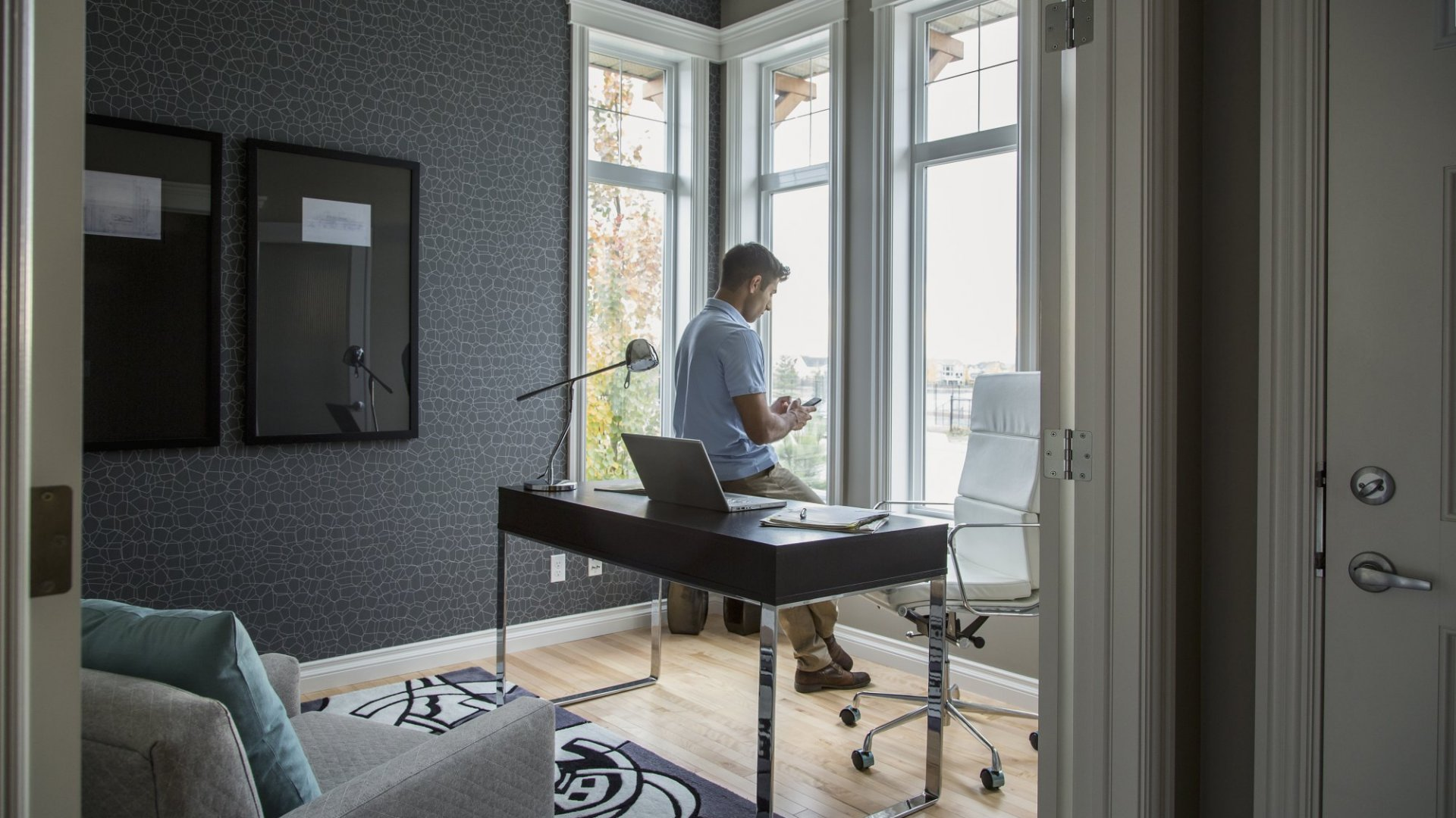 10 Things I've Learned in 10 Years of Working From Home