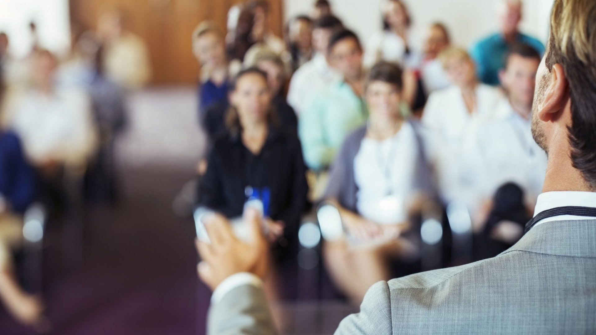 How to Become a Great Storyteller Even if You Hate Public Speaking