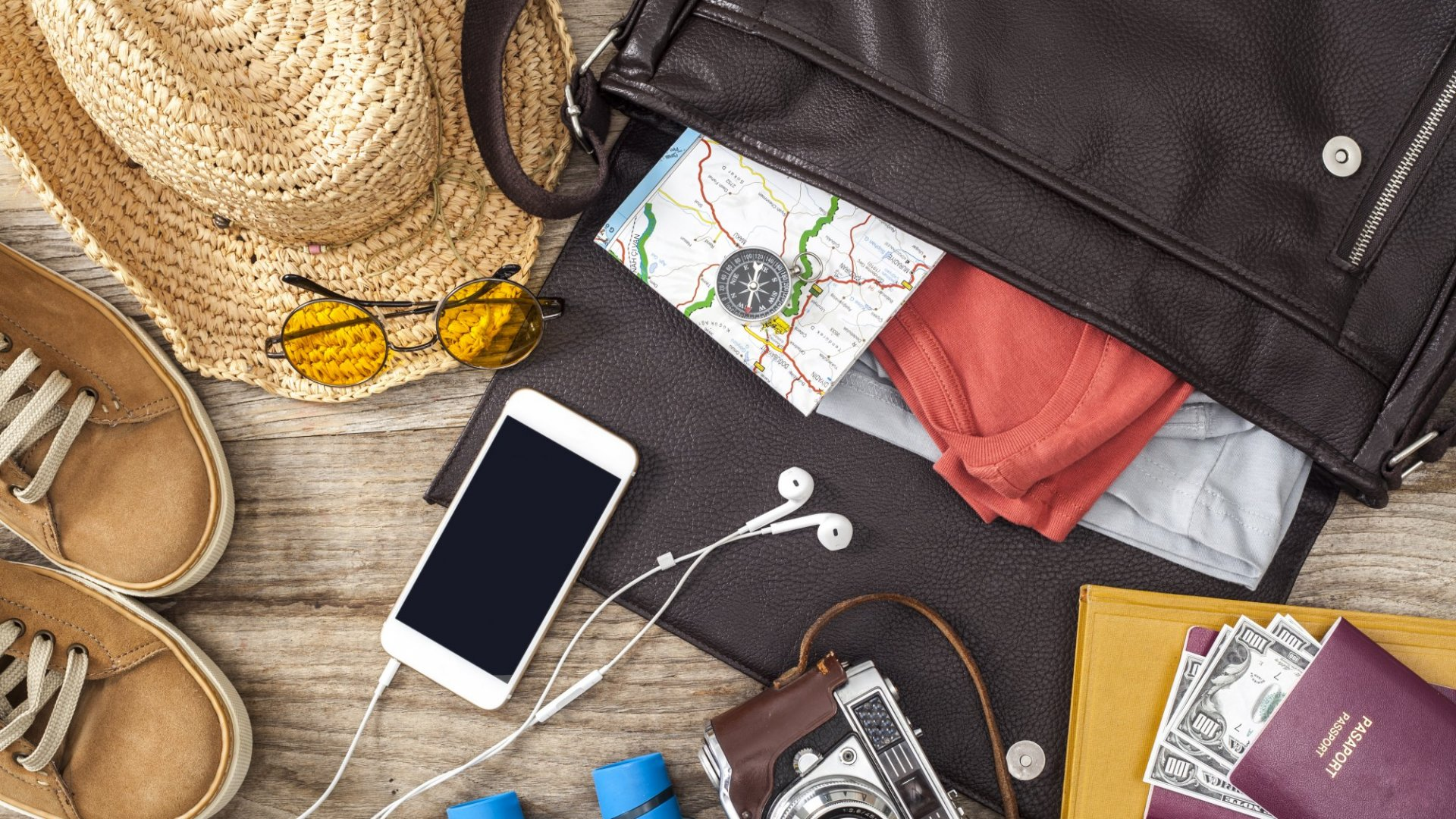 5 Cool Travel Tools for an Awesome Summer Vacation
