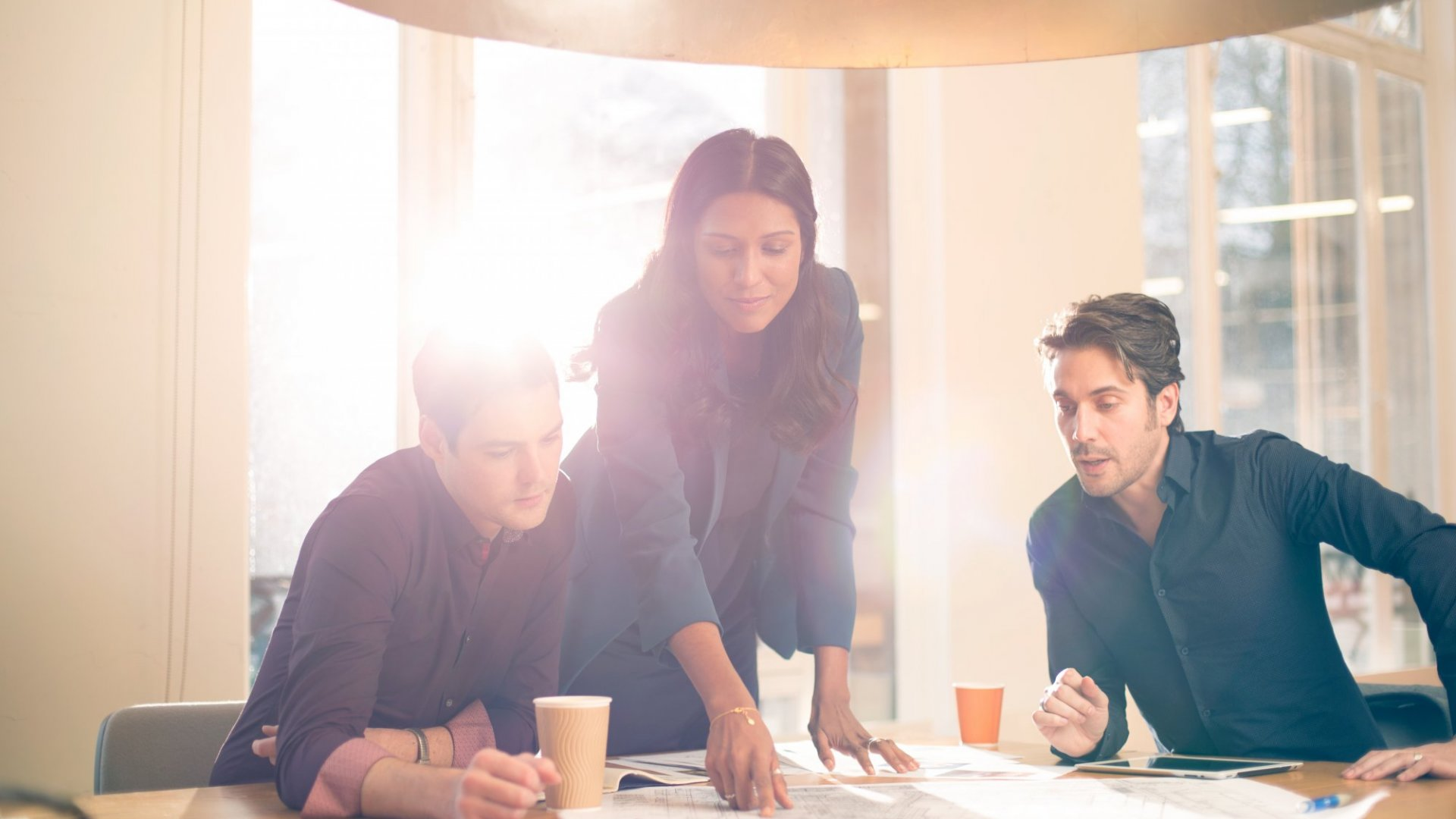 Why the Best Managers Don't 'Lead by Example'
