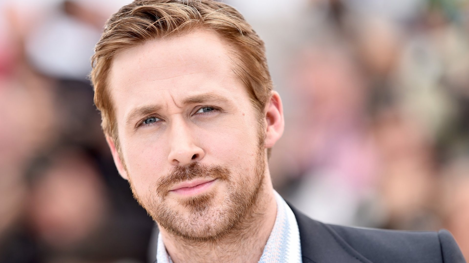 With a Few Tweets, This Tiny Coffee Shop Got Ryan Gosling to Walk Through the Door. Here's How They Did It
