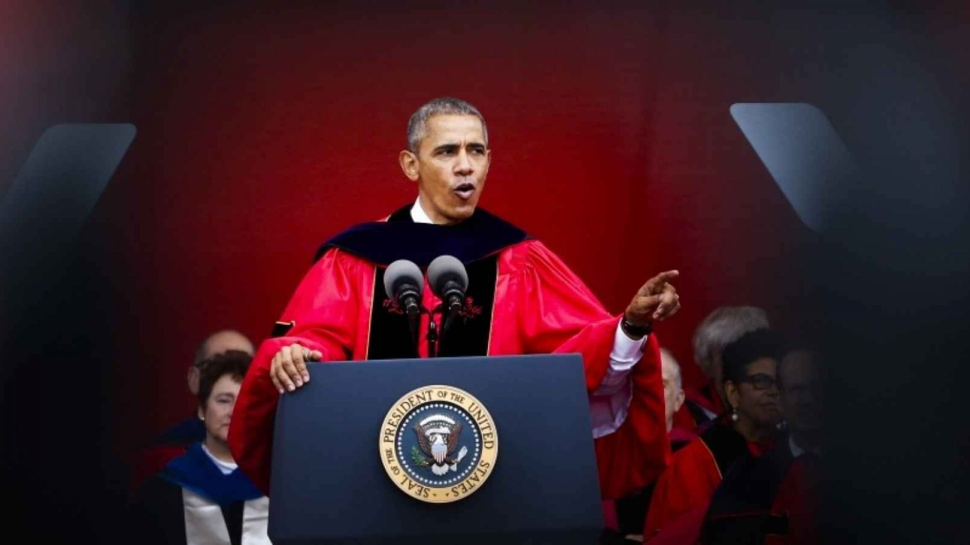 The 5 Best Bits of Wisdom From This Year's Commencement Speeches