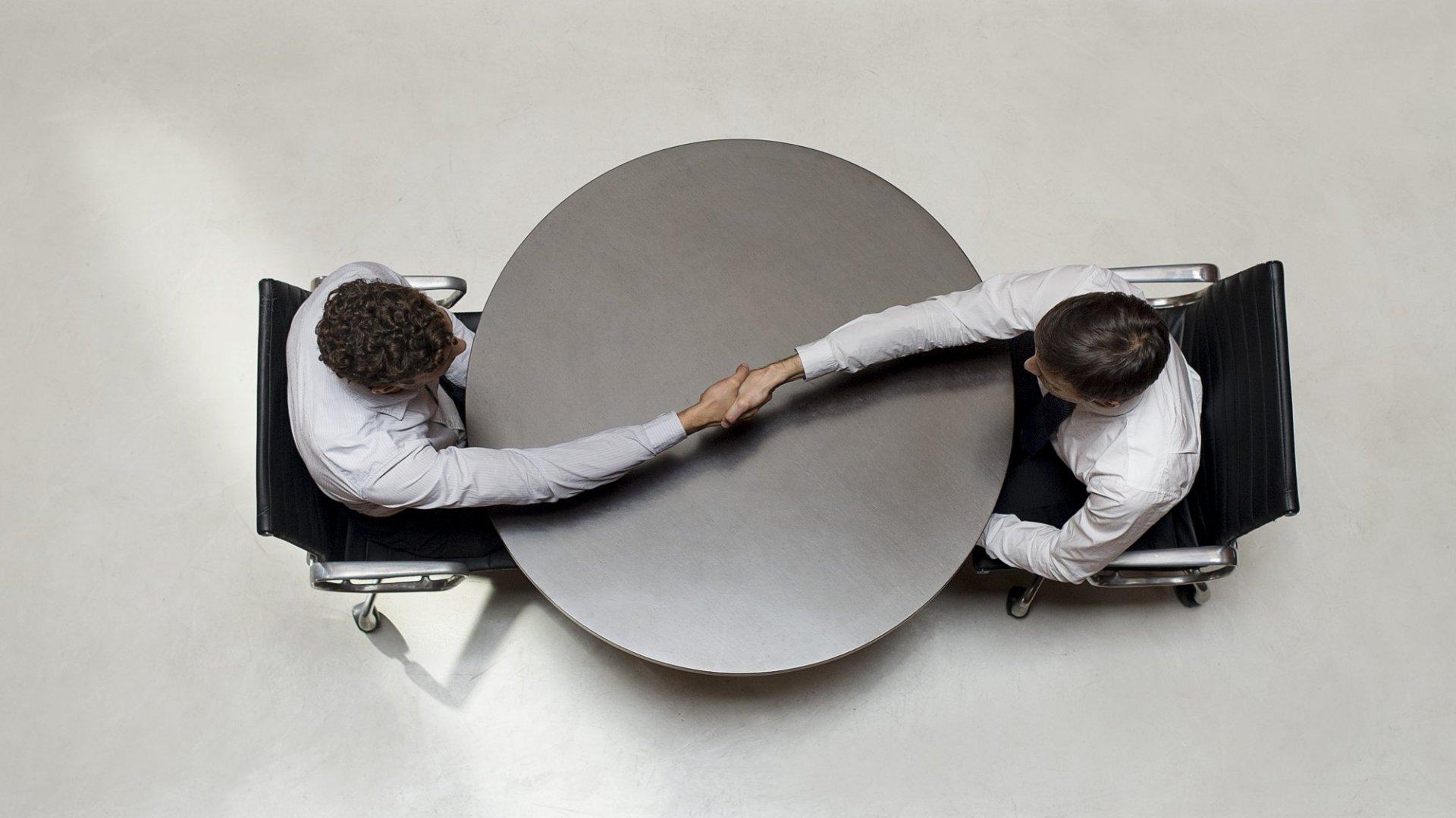 Want to Be a Better Job Interviewer? Start Mirroring