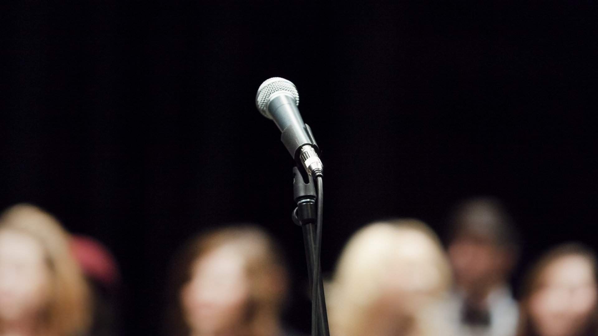 3 Secrets to Keeping Your Audience Interested, From a TED Talk Coach
