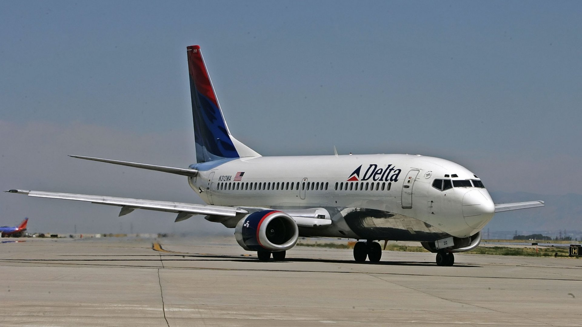 U.S. Fines American, Delta, and Frontier Airlines Over Passengers' Complaints