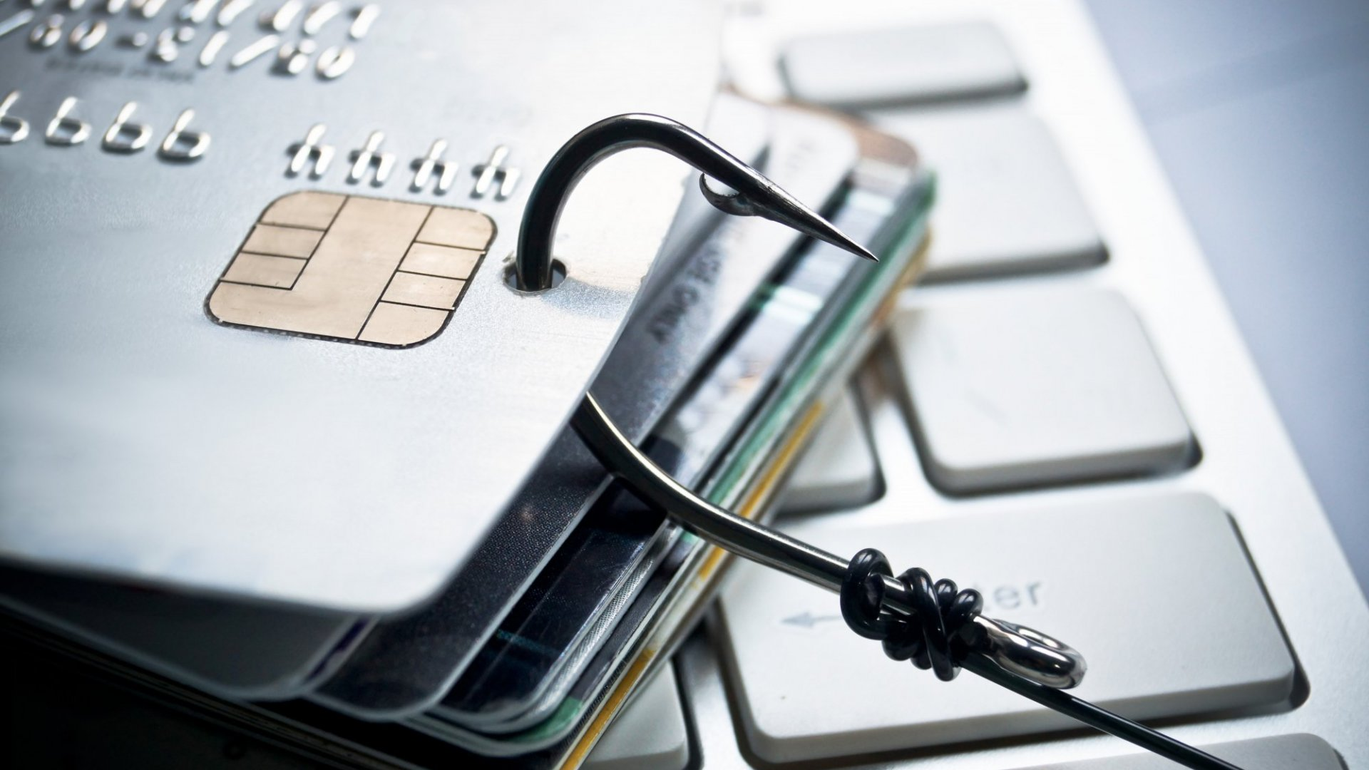 How to Protect Your Credit Card Information (and What to Do If It Does Get Stolen)