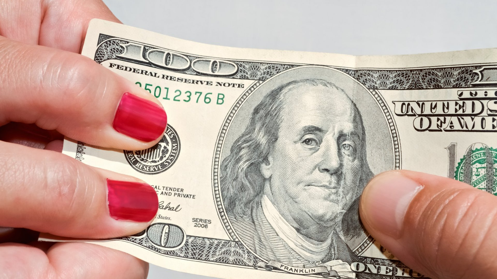 How Men and Women Worry About Money Differently