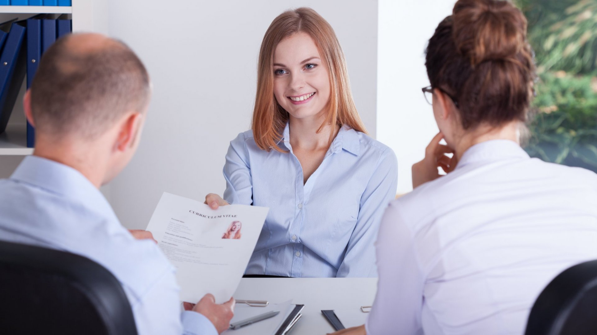 6 Insider Tricks That Will Make Your Resume Look More Impressive