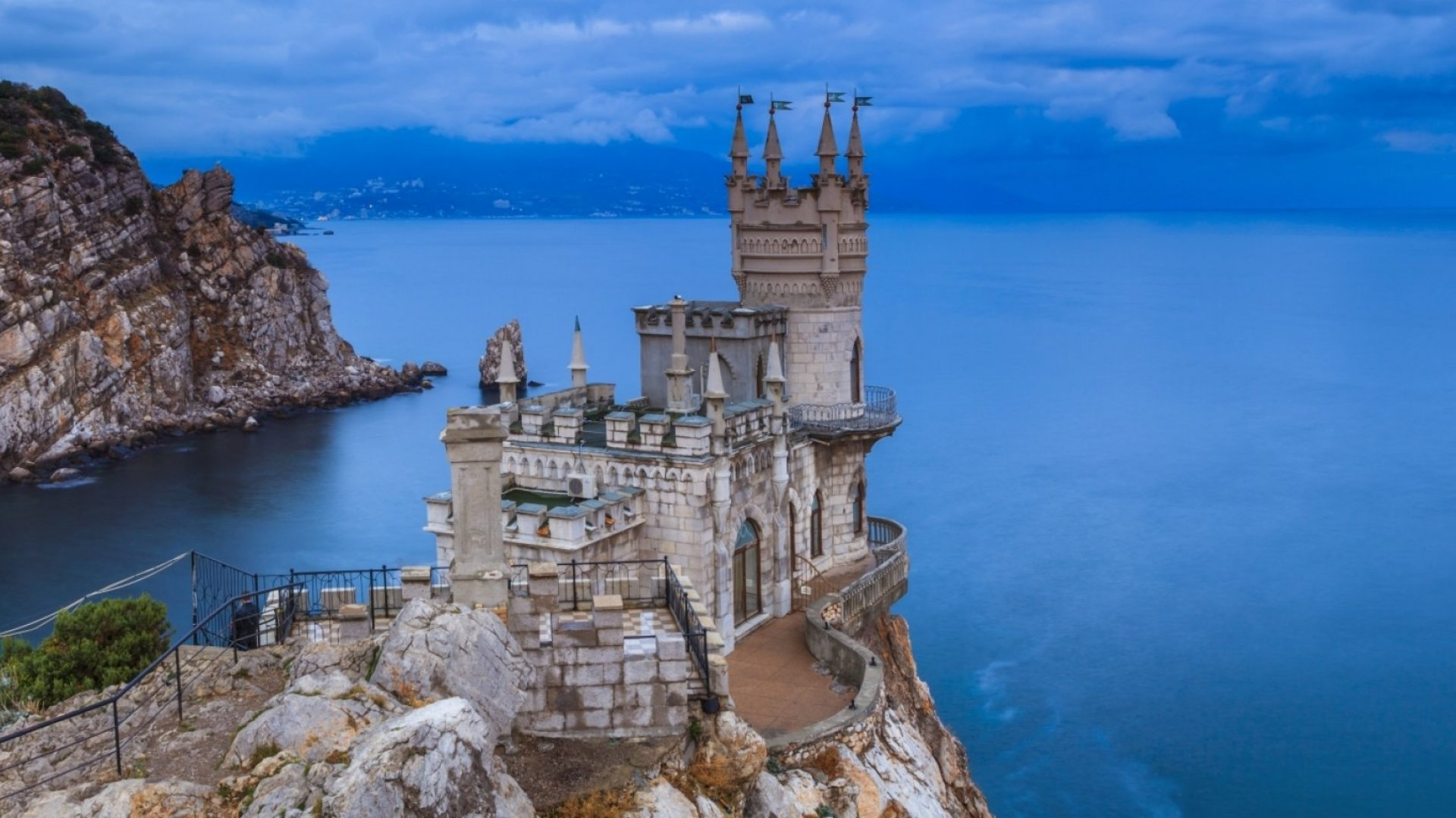 Swallow's Nest Castle located in the Crimean Peninsula.