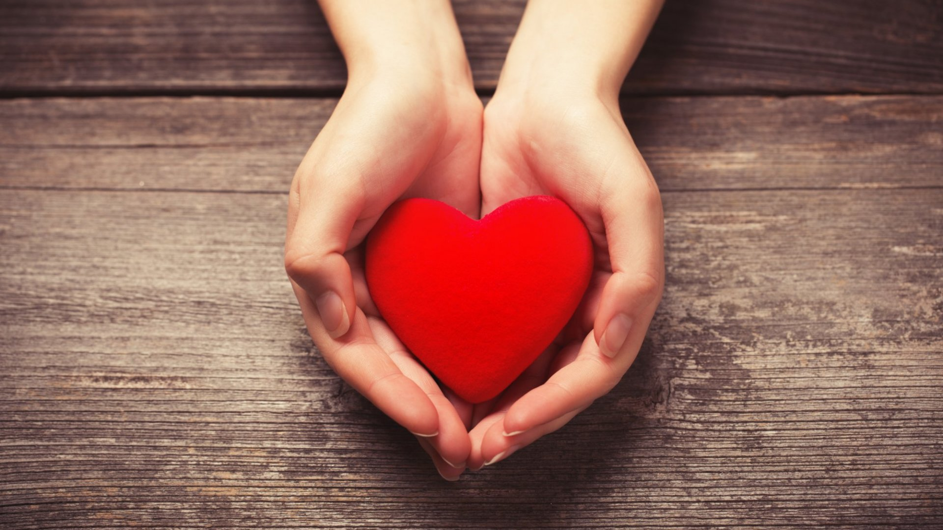 8 Powerful Ways to Lead From the Heart