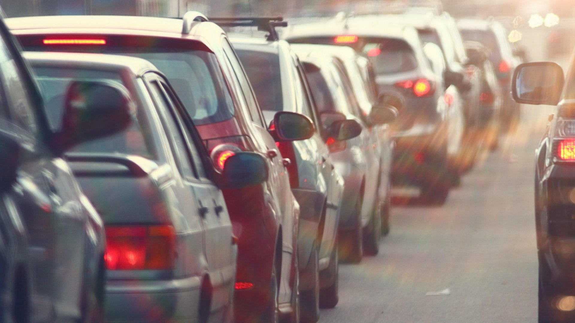Your Terrible Commute Is Making You Dumber, New Study Finds