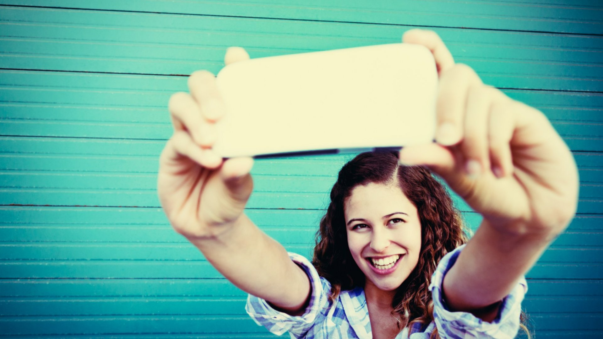 10 Live Streaming Video Tips to Help Build Your Business