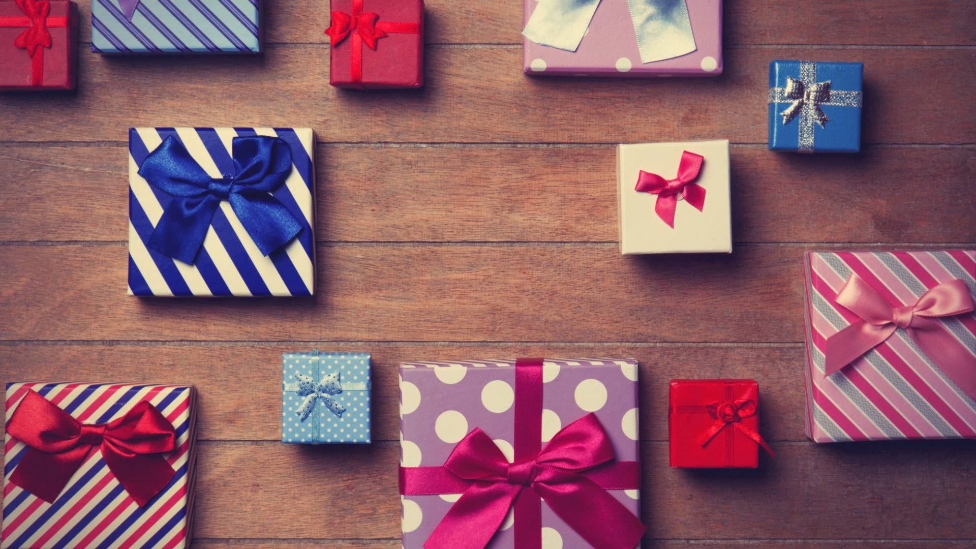 Cheat Sheet: Your Business Holiday Gift Guide for 2016