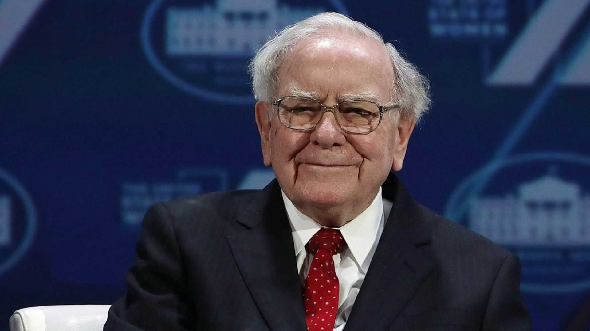 5 Really Important Things Warren Buffett Wants You to Know About the Economy