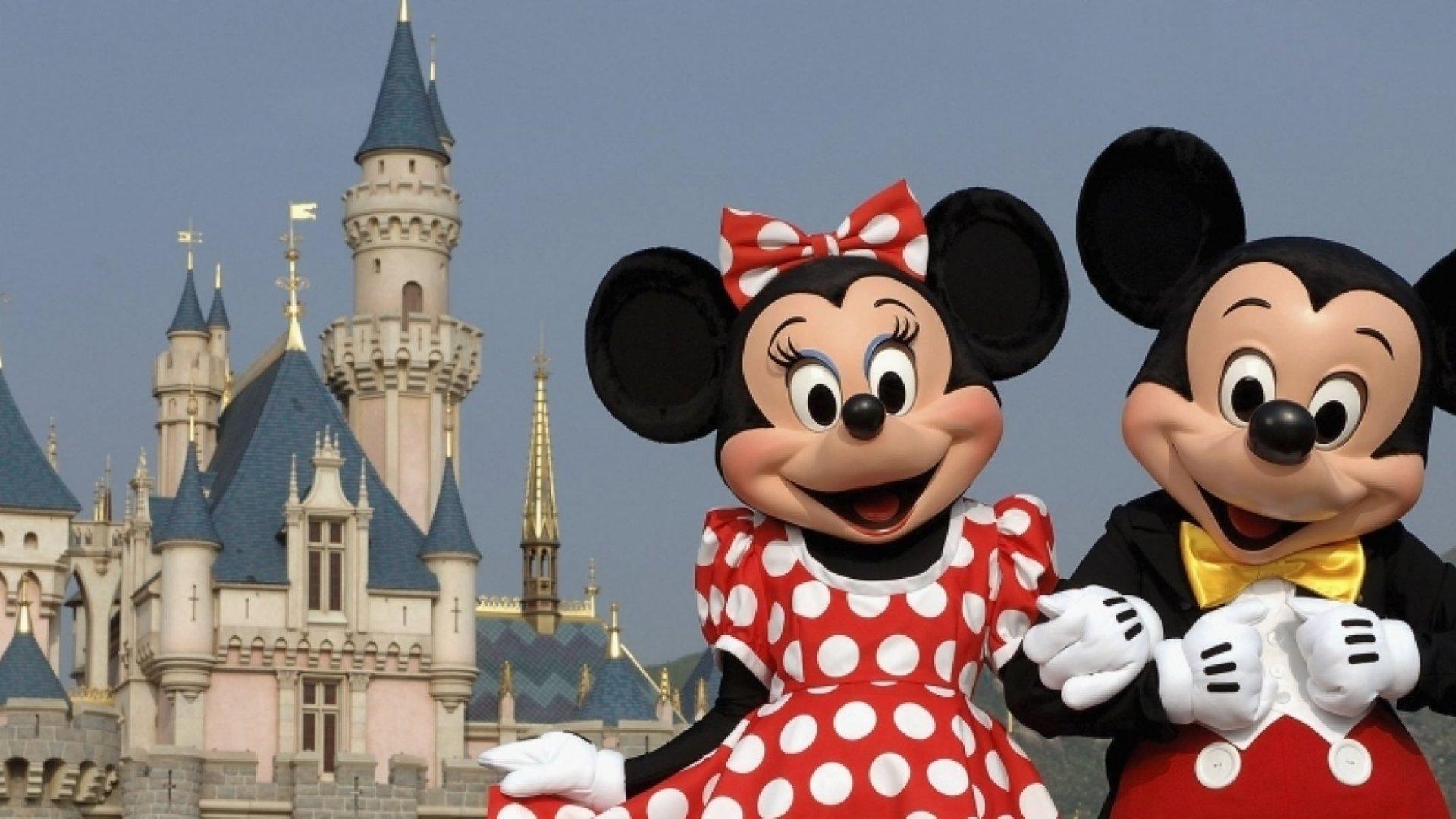 31 Surprising Facts About Walt Disney