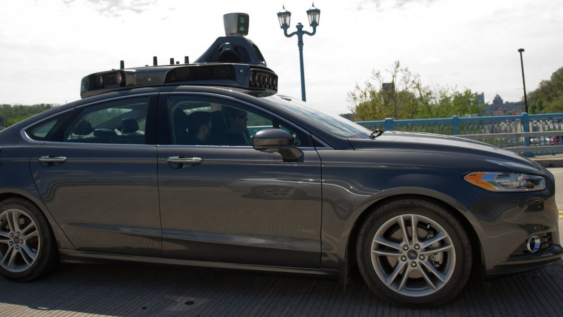 Uber Launches Pittsburgh Self-Driving-Car Test Rides
