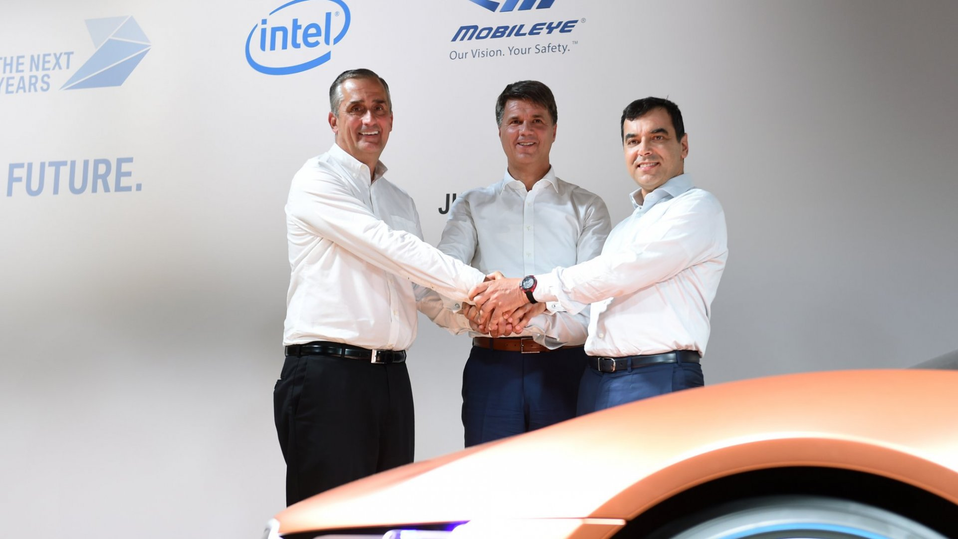 Why Intel Is Investing in Self-Driving Cars