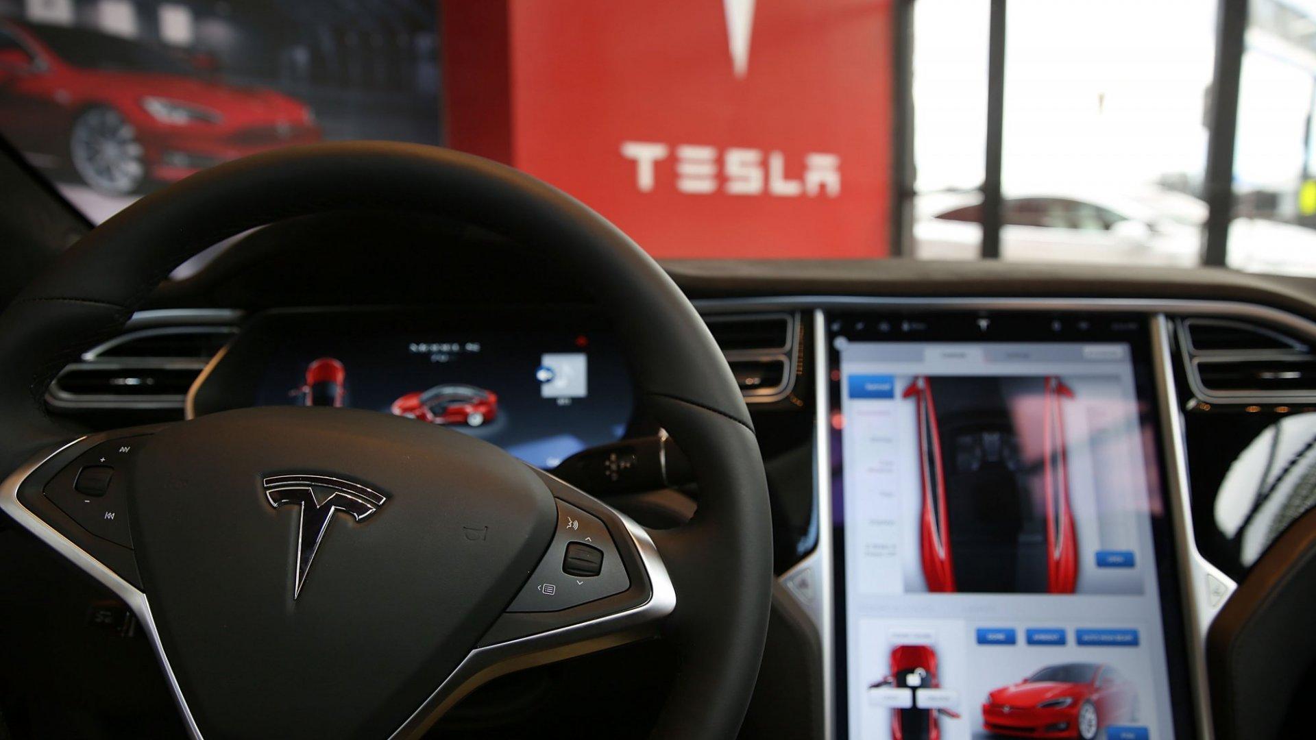 Tesla Updates Autopilot Software, Claims New Technology Could Have Prevented Fatal Crash