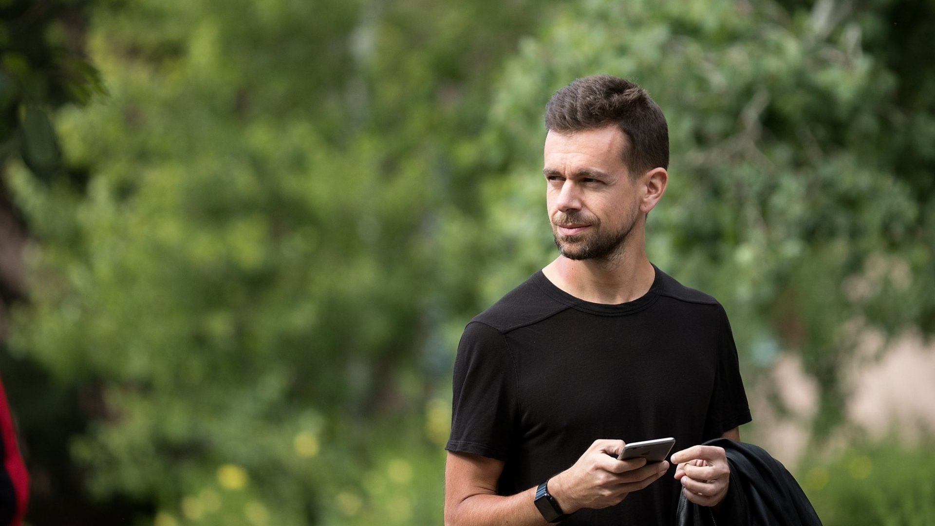 Jack Dorsey Doesn't Own a Computer. For Peak Productivity and Focus, He Only Uses an iPhone