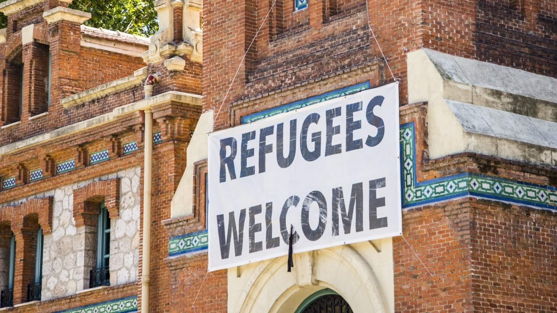 The Top 6 Companies Giving Back to Refugees
