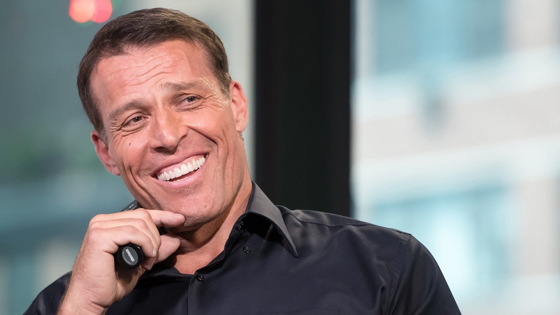 3 Things You Can Learn from Tony Robbins Million Dollar Guarantee
