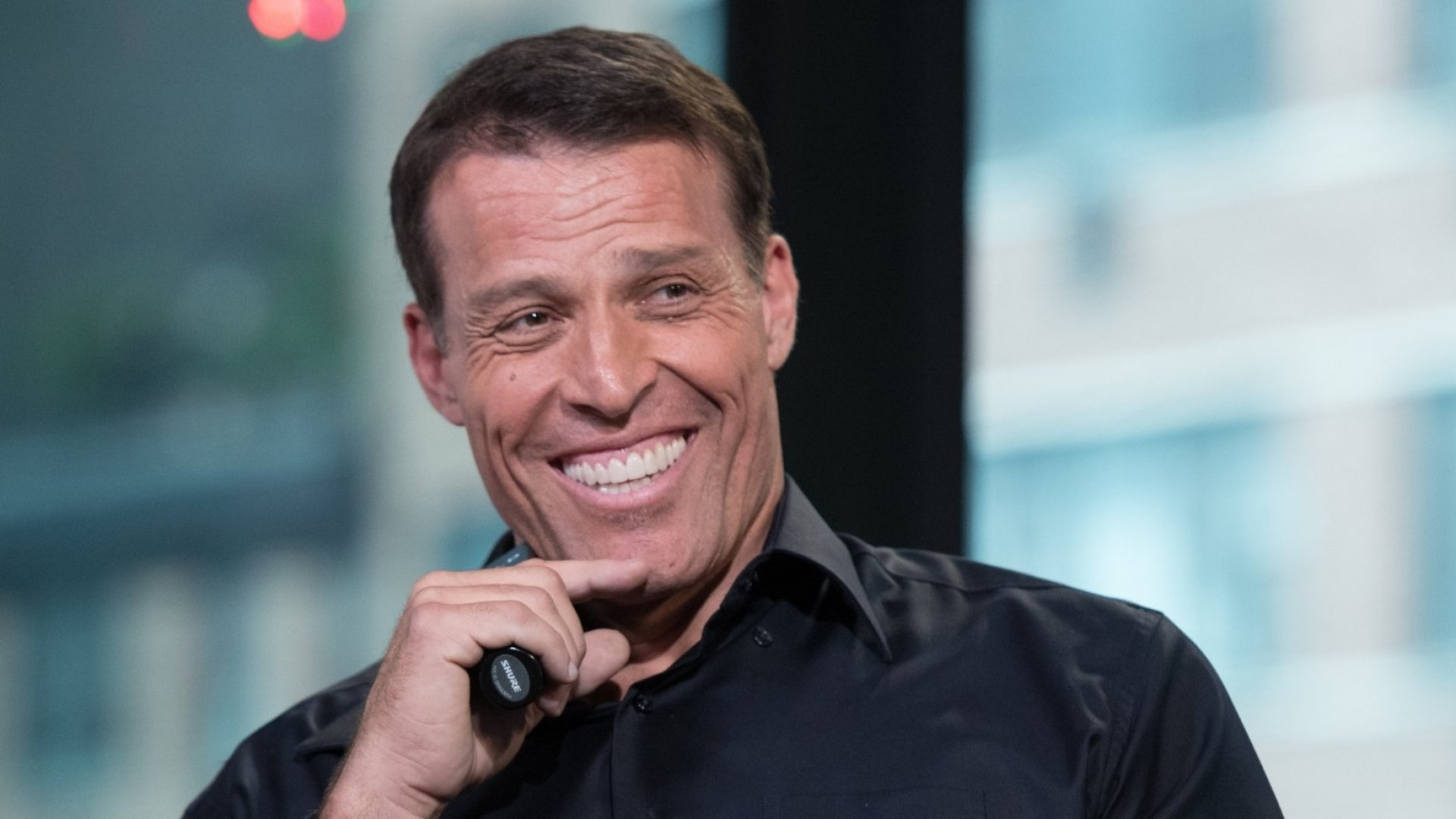 15 Amazing Tony Robbins Quotes to Help You Boost Sales