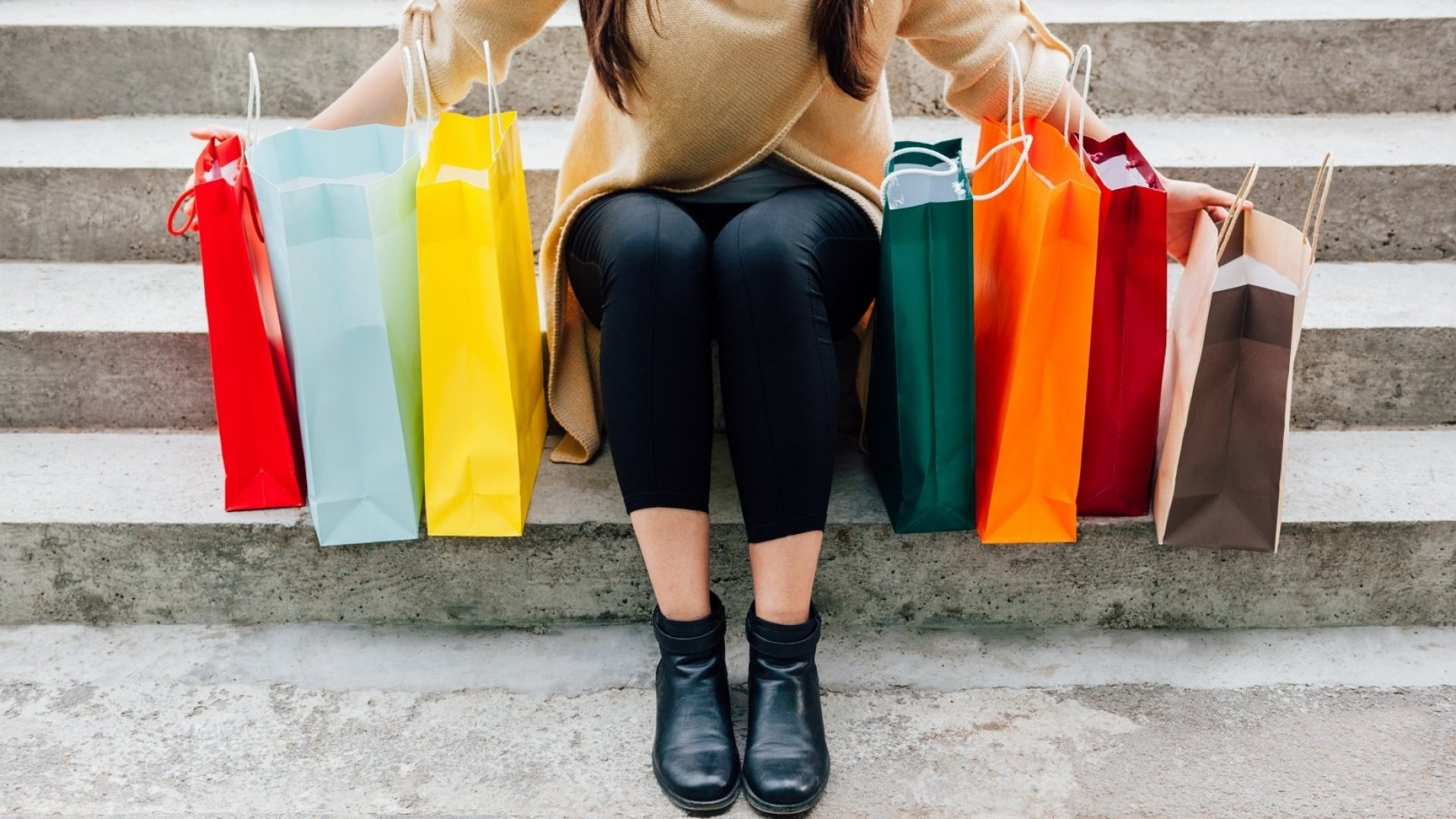 Using Holiday Shopping Madness to Improve Your Bottom Line