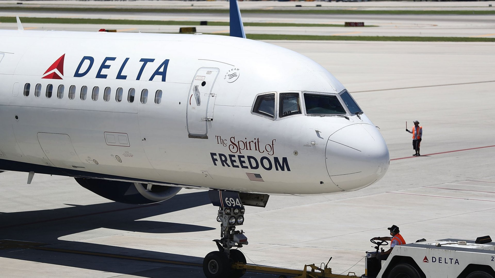 Delta's CEO Declares An End to the Airline Dark Ages. Free Wi-Fi is Coming to All Delta Flights.