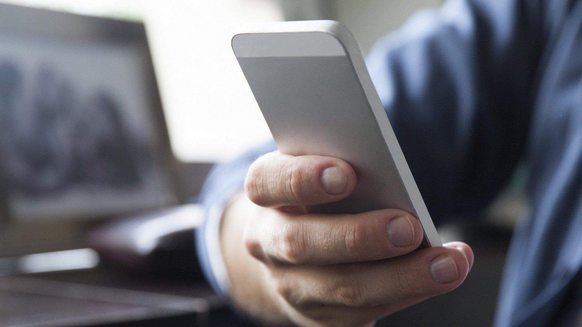 How Just 1 Tweet Landed This Former Phone Salesman His Dream Job in Venture Capital
