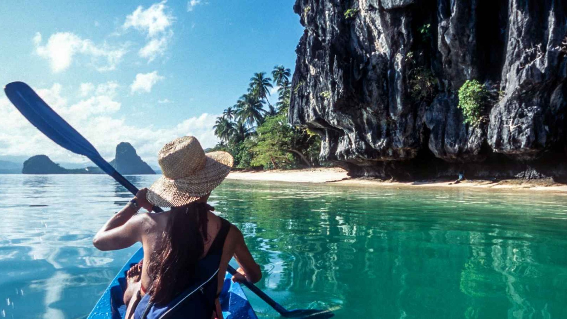 5 Ways to Stay Productive and Still Enjoy Summer Travel