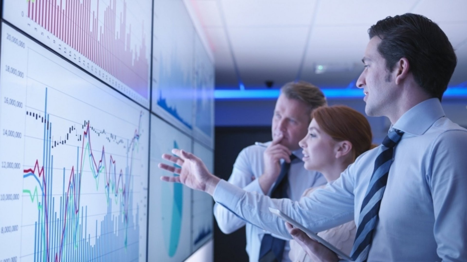 Turn Data Into Insight Into Action: Six Rules for Nailing Digital Analytics