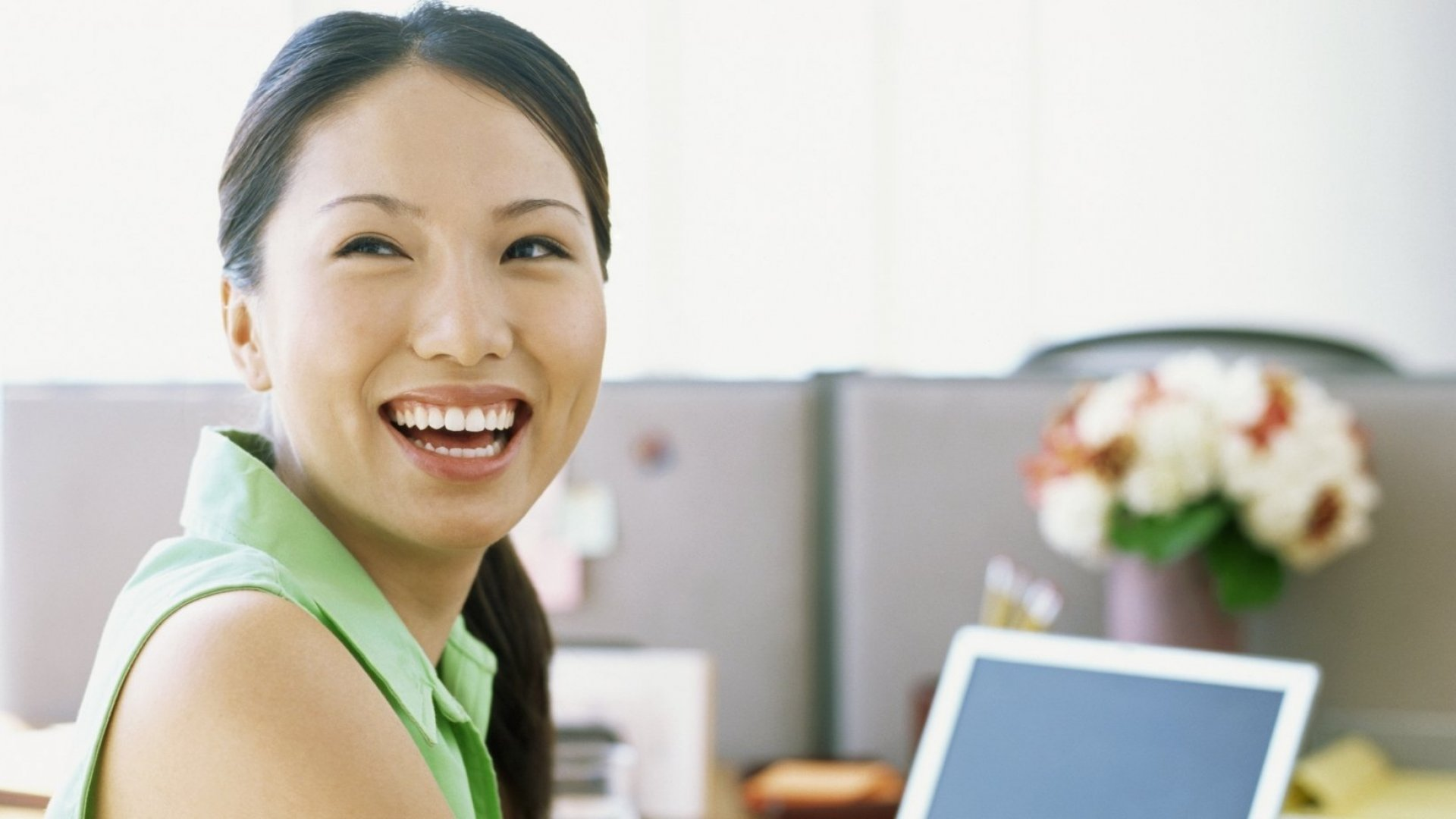 5 Ways to Immediately Maximize Happiness and Productivity in a Cubicle