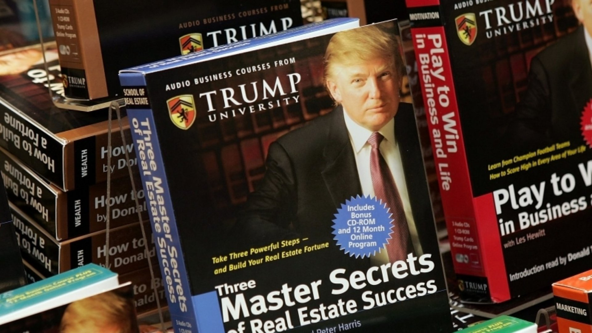 5 Power Phrases From the Trump University Playbook
