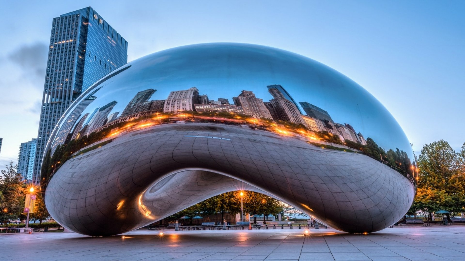 Chicago's Cloud Gate.